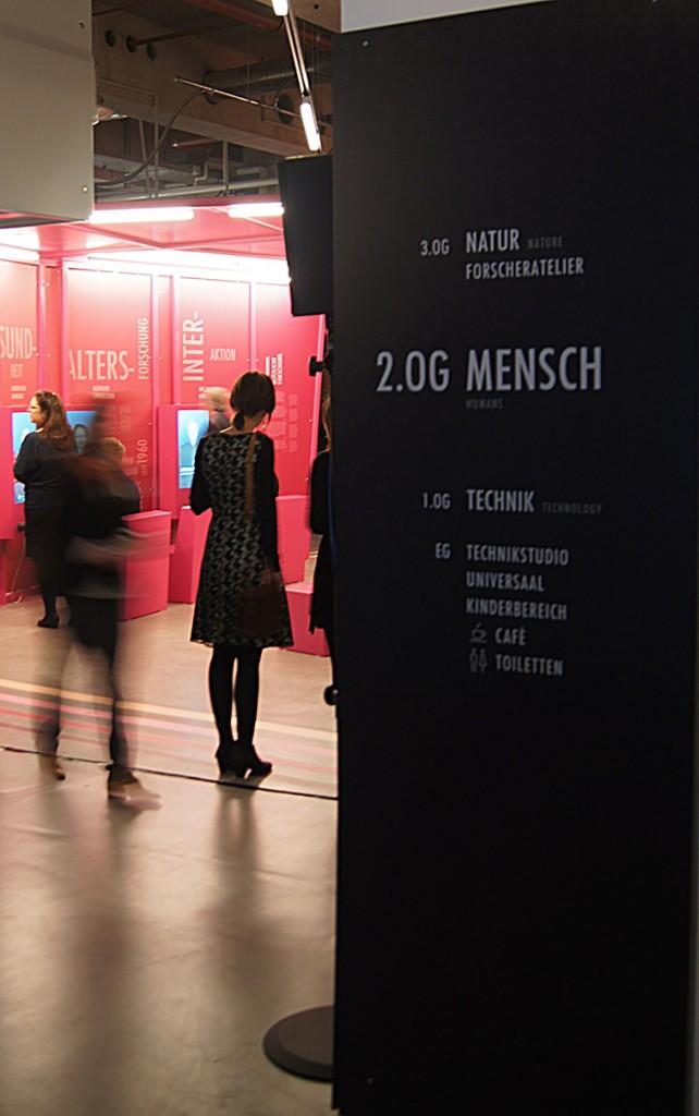 Universum Bremen Design Leitsystem