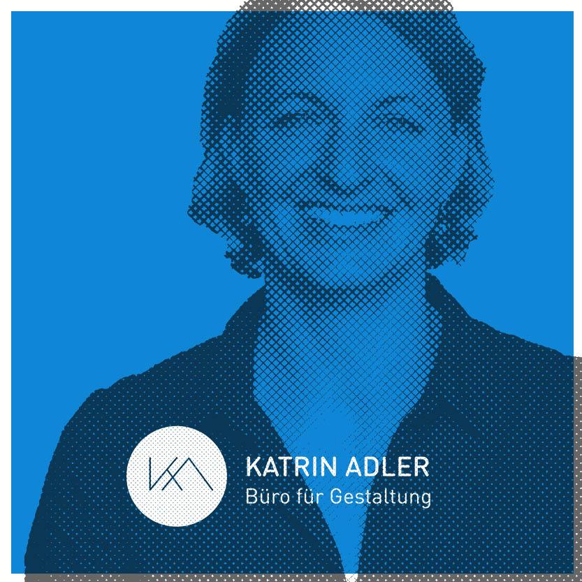 Katrin Adler auf einer Buehne